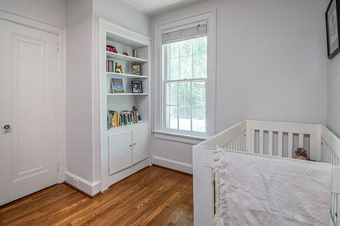Przestrzeń do spania w pokoju malucha